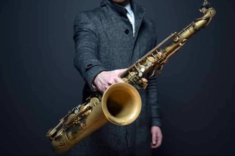 Saxophone lessons in London - sax